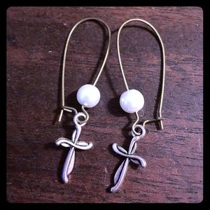 Jewelry - Pearl Beaded Swirly Cross Earrings Handmade New